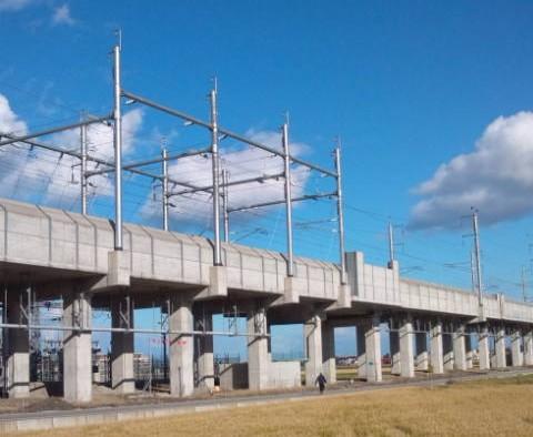 新幹線の外線高圧線工事